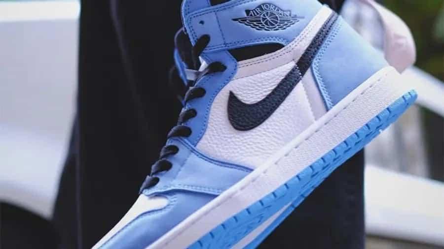 air-jordan-1-high-og-university-blue-555038-134