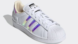 【5/1】虹色に輝くアディダス スーパースター VS スタンスミス / adidas Superstar Stan Smith Iridescent