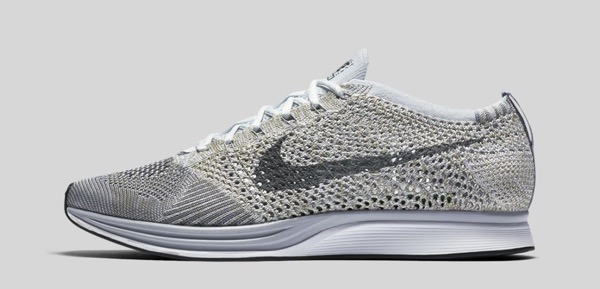 nike-flyknit-racer-pure-platinum-cool-grey-profile