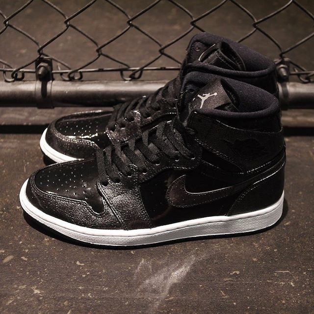 air-jordan-1-retro-high09