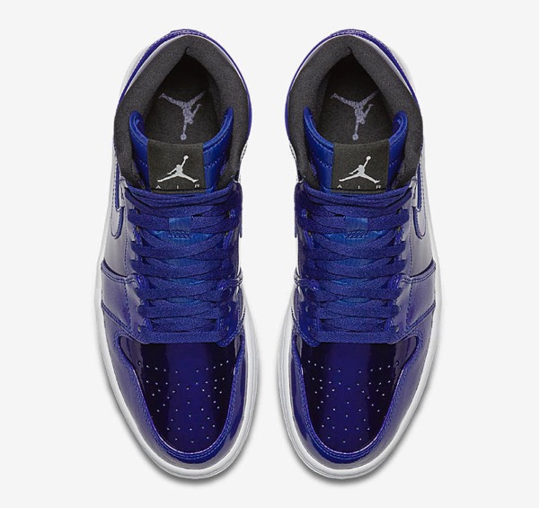 air-jordan-1-retro-high-deep-royal-blue-black-white-3