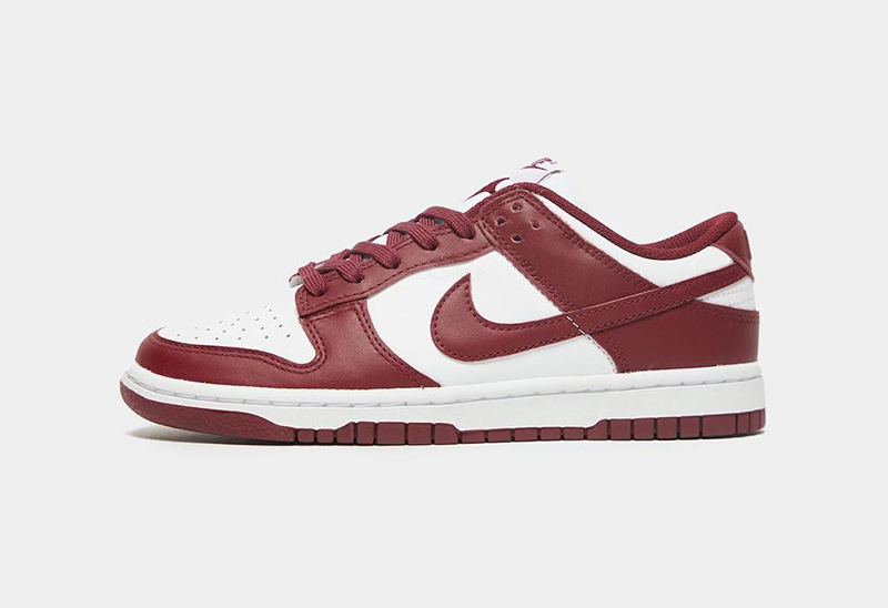 NIKE DUNK LOW TEAM RED
