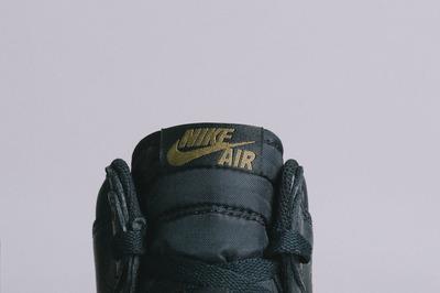 Air-Jordan-1.5-The-Return-Snakeskin-Black-Gum-2.jpg