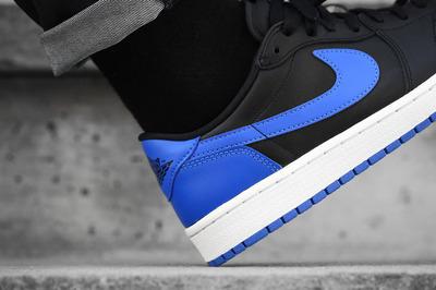 An-On-Feet-Look-At-The-Air-Jordan-1-Low-OG-Royal-3.jpg