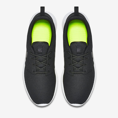 Nike-Roshe-Run-Mens-Shoe-511881_010_D_PREM.jpg