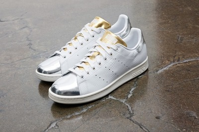 adidas-originals-stan-smith-midsummer-metallic-1-960x640.jpg