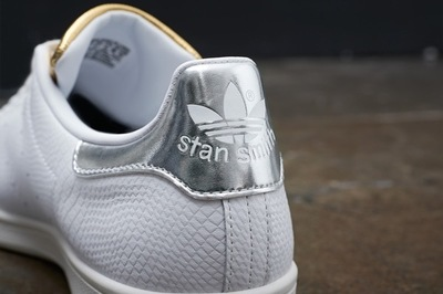 adidas-originals-stan-smith-midsummer-metallic-2-960x640.jpg