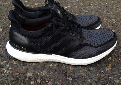 adidas-ultra-boost-new-black-colorway-02.jpg