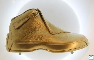 gold-air-jordan-18_qxsexm.jpg