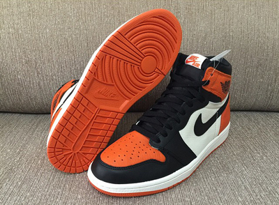 jordan-1-og-shattered-glass-5.jpg