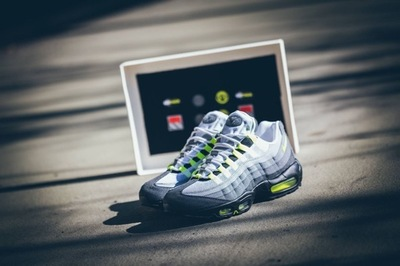 nike-air-max-95-patch-neon-06.jpg