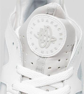 nike-air-trainer-huarache-all-white-04.jpg