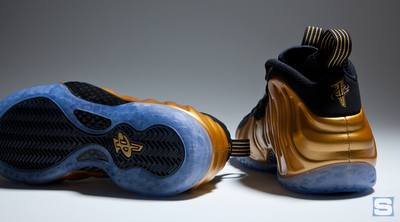 nike-foamposite-metallic-gold-3.jpg