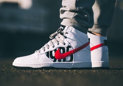 undefeated-nike-dunk-lux-coming-soon-01.jpg