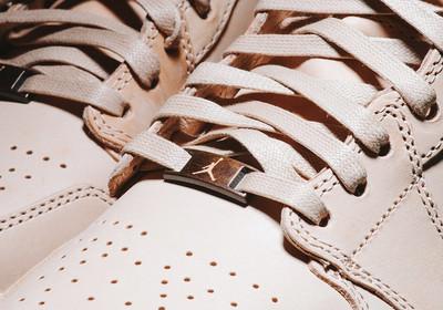 vachetta-tan-air-jordan-1-pinnacle-detail-6.jpg