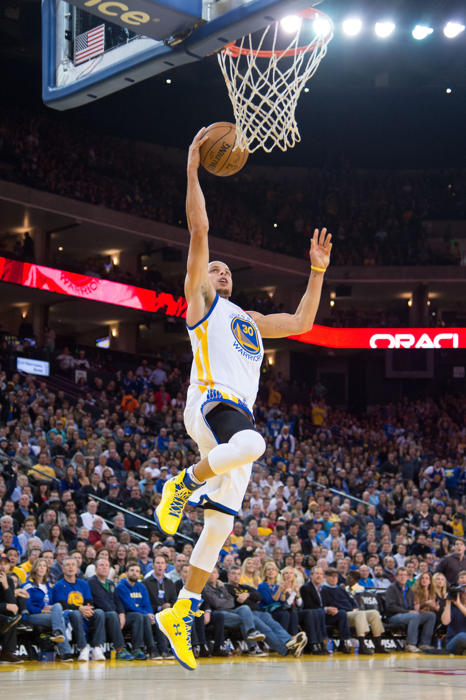 Stephen Curry makes History in Under Armour ClutchFit Drive