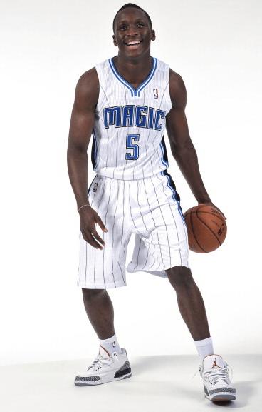 Victor Oladipo Jordan Retro 3 - 2015 Slam Dunk Contest Preview - Photo courtesy of NBA