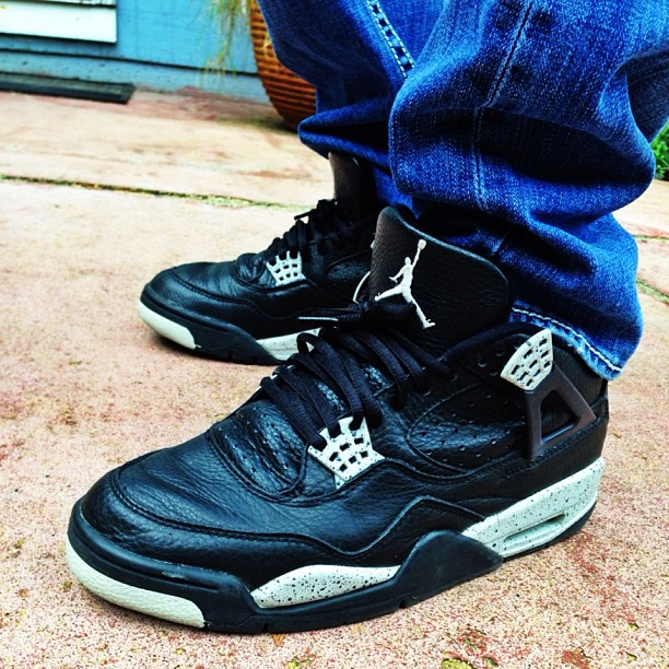 """1999 Air Jordan 4 Retro + """"Oreo"""""""
