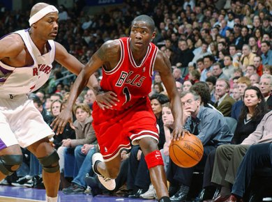 Jamal Crawford playing for the Chicago Bulls (Photo cred via: Ron Turenne/NBAE/Getty Images)