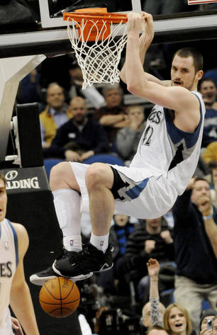 Kevin Love Dunk in Peak PE