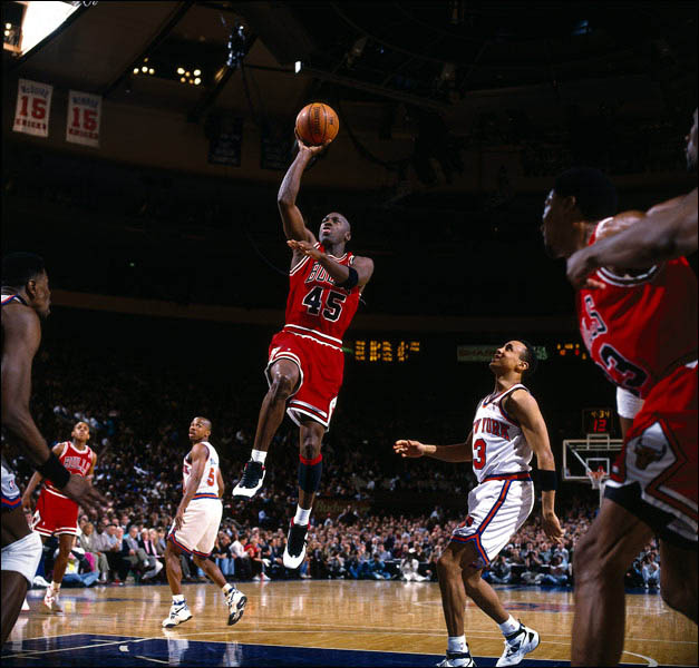 Michael Jordan vs the Knicks - wearing Jordan X - Photo via Andy Hayt/NBAE/Getty Images
