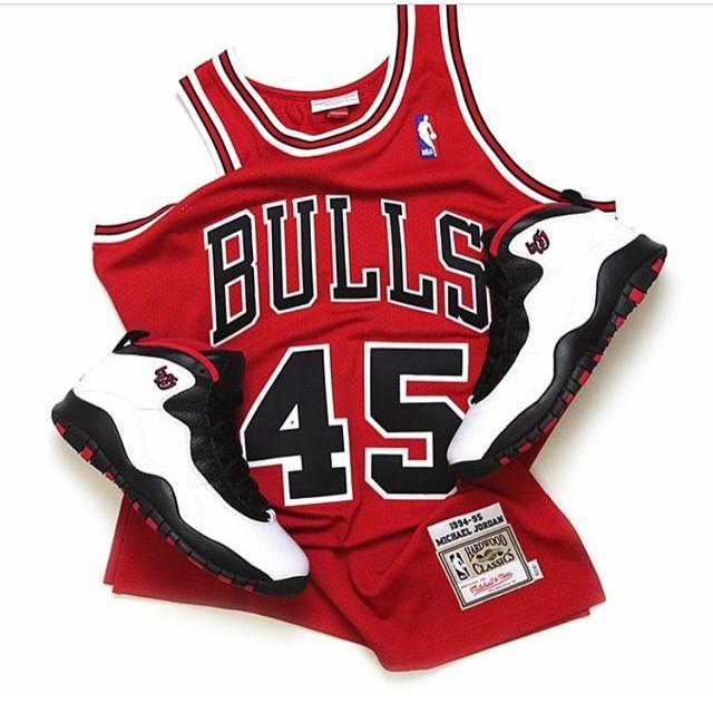 Mitchell and Ness #45 Michael Jordan Jersey