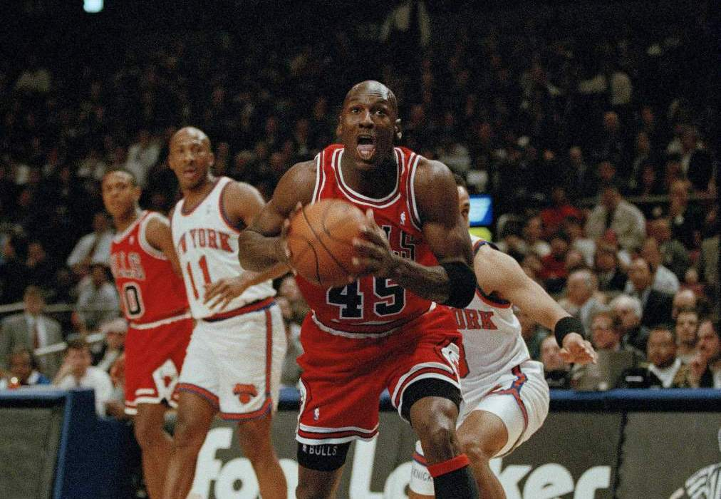 """The """"Double-Nickel"""" Game – Michael Jordan's Come Back at MSG"""
