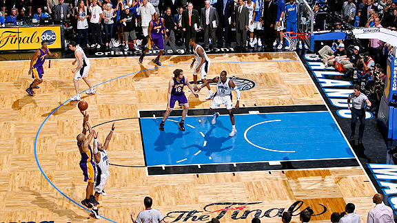 Derek Fisher Game Tying 3-Pointer Game 4 2009 NBA Finals
