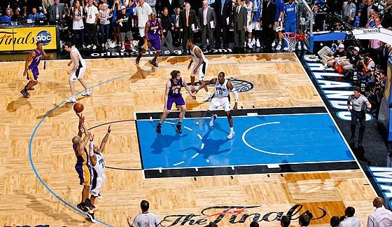 Derek Fisher Game Tying 3-Pointer Game 4 2009 NBA Finals