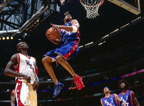 Tracy McGrady Wearing the adidas T-Mac 3 in the NBA All Star Game 2003