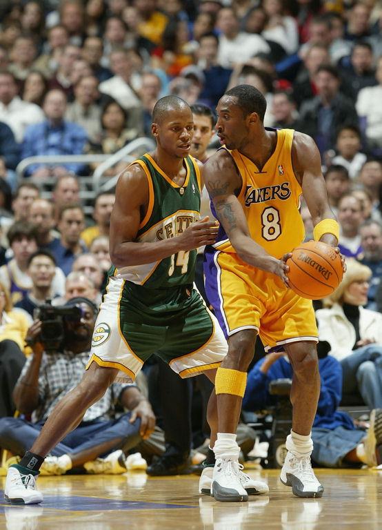 Ray Allen wearing Jordan 18.5 PE, Kobe Bryant Jordan Retro XII