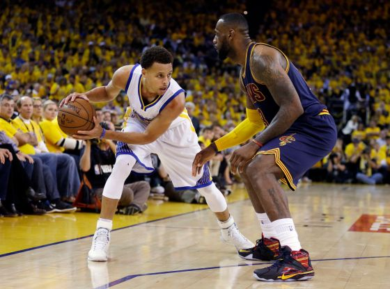 """Steph Curry in Under Armour Curry 1 """"Birthday"""", LeBron James in Nike LeBron 12 """"23 Chromosomes"""" P.E."""