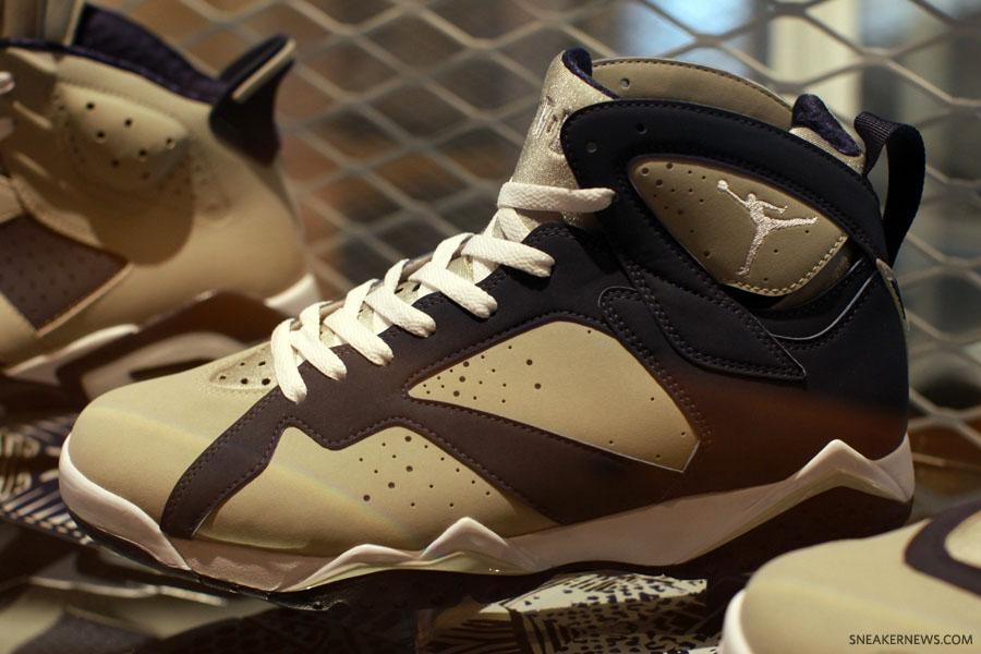 Uluru Melodrama postre  Sample Sunday: Air Jordan 7 Flavors | Sneaker History - Podcast, News,  Merch, and Culture