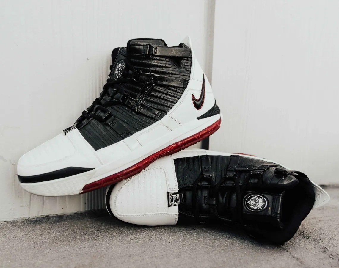 ee87f7b29830 An Ode To The Zoom LeBron 3 OG - Sneaker History
