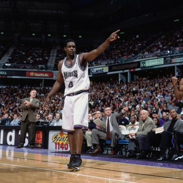Chris Webber in the Reebok Answer 3.