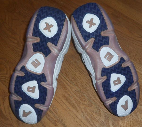 Creative tread pattern.
