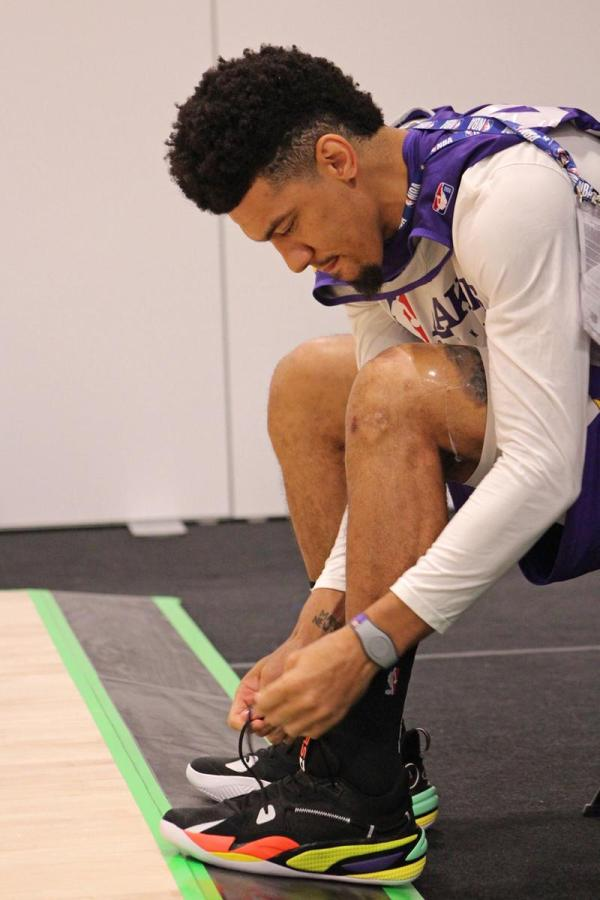 Danny Green Lacing Up the Launch Colorway of the RS-Dreamer.
