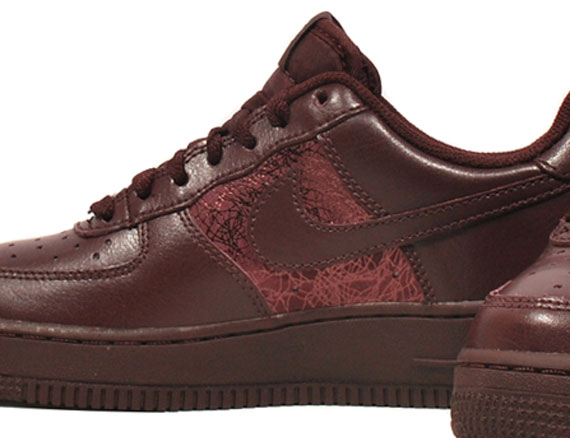 Nike WMNS Air Force 1 Low Deep Burgundy