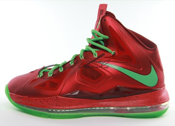 """""""Christmas"""" Nike LeBron 10"""