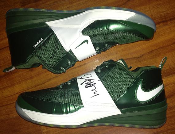 Tampa Bay Buccaneers Shoes Nike