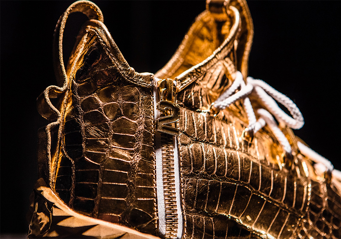 LeBron James Gold Diamond Shoes 30000 Point Customs