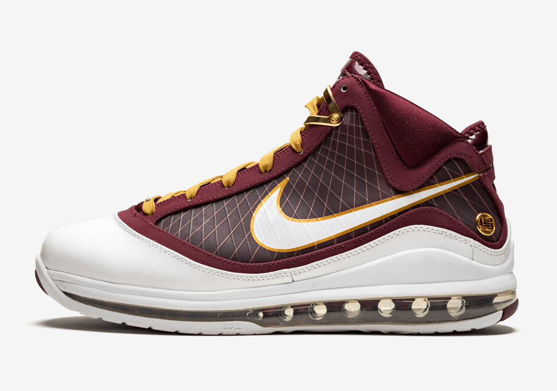Nike LeBron 7 Christ The King 2020 Release DH4054 600 Crumpe