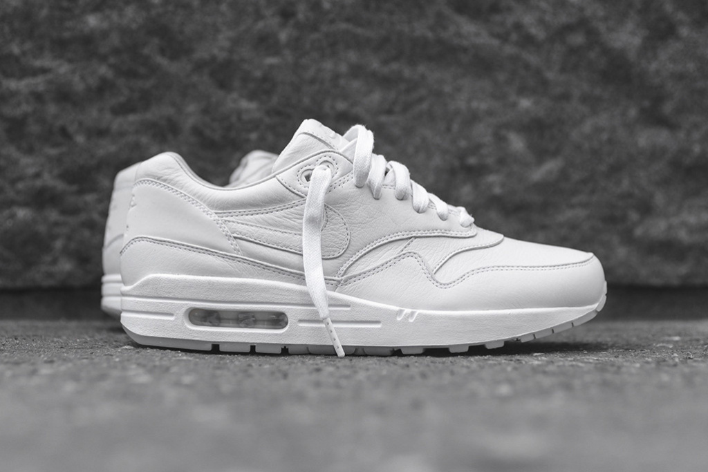 nikelab-air-max-1-pinnacle-white-black-11