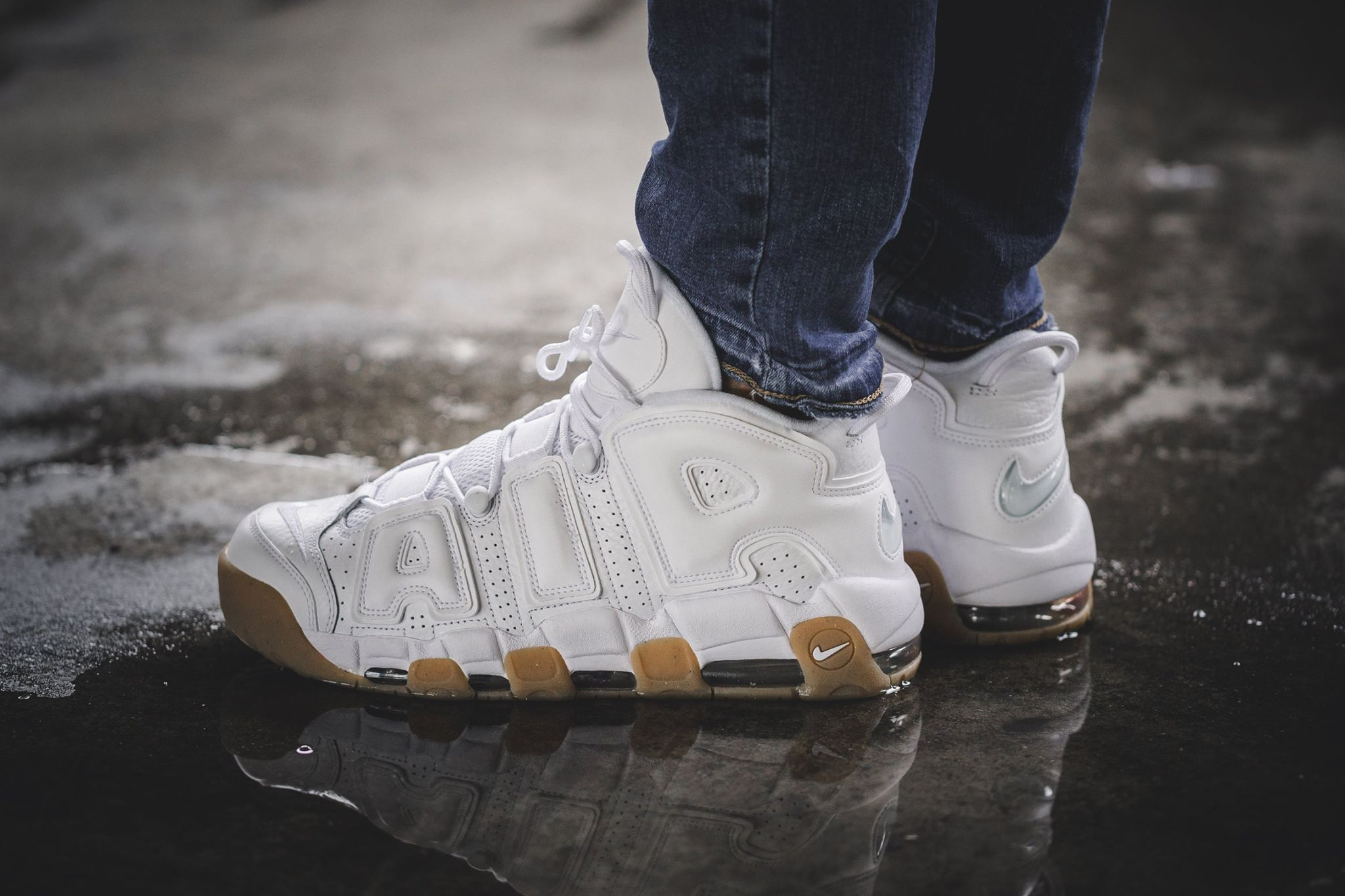 nike_air_more_uptempo_white_gum4