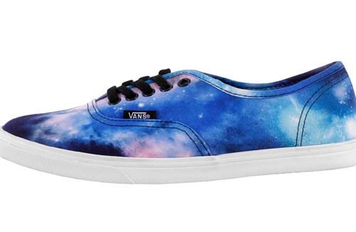 vans-authentic-lo-pro-cosmic-galaxy-1