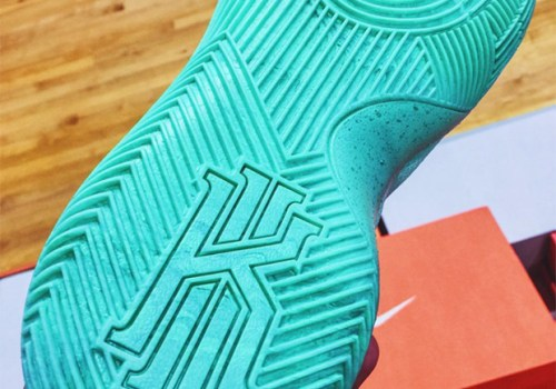 nike-what-the-kyrie-2-04