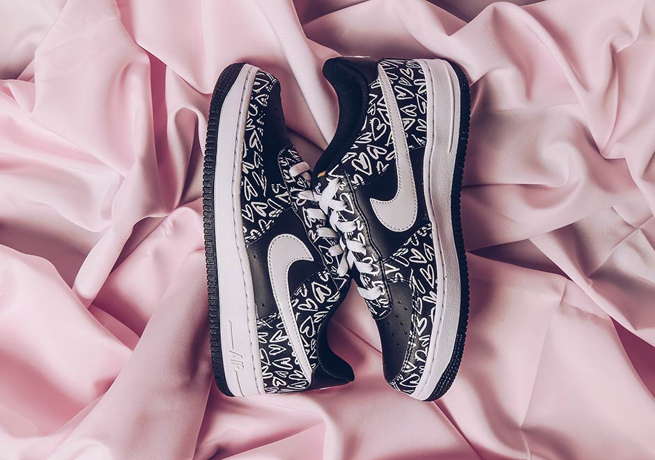 nike-air-force-1-low-gs-valentines-day-2017-1