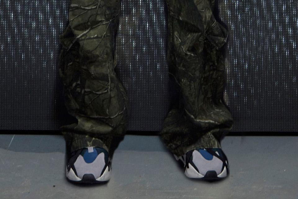 adidas-originals-yeezy-runner-release-gallery-02