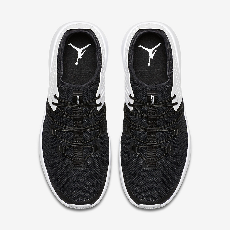 jordan-express-black-white-3