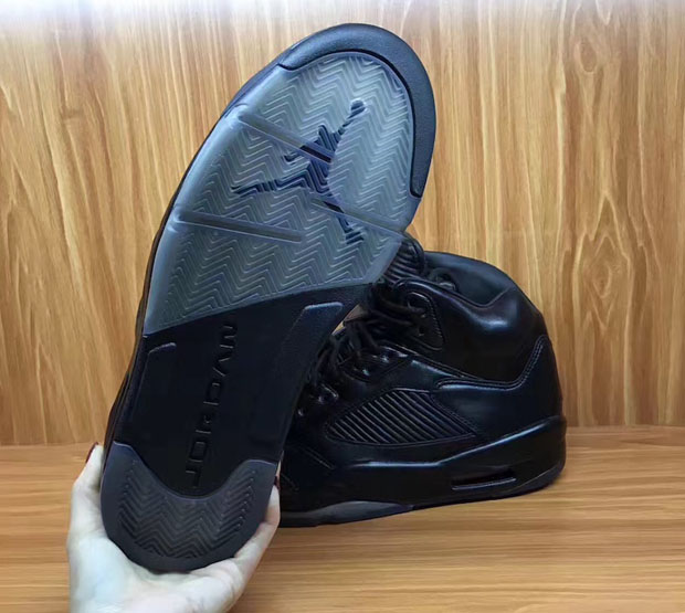 air-jordan-5-premium-triple-black-first-look-08